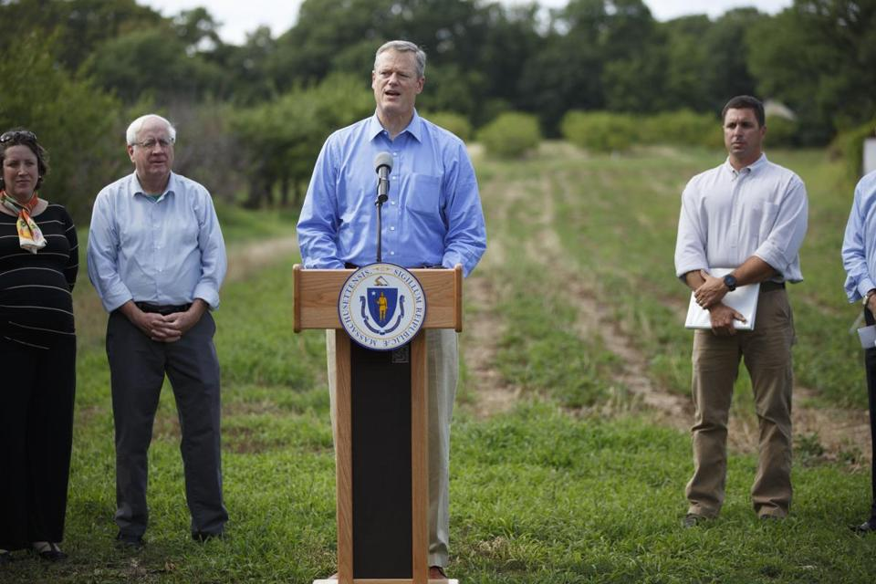 8/18/16 - North Andover, MA - Smolak Farms - Massachusetts Governor Charlie Baker held a press conference at Smolak Farms in North Andover, MA along with other state and local officials about the widespread and worstening drought hitting the state. Topic: 19drought. Photo by Dina Rudick/Globe Staff